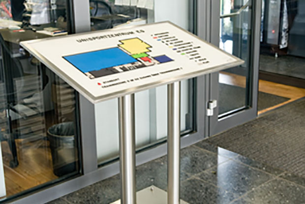 ILIS - Produkte Leitsystem im Unisport-Gebäude Köln 2011-08-10