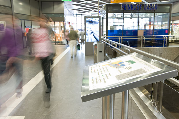 ILIS - Produkte Leitsystem im Hauptbahnhof Gelsenkirchen 2011-08
