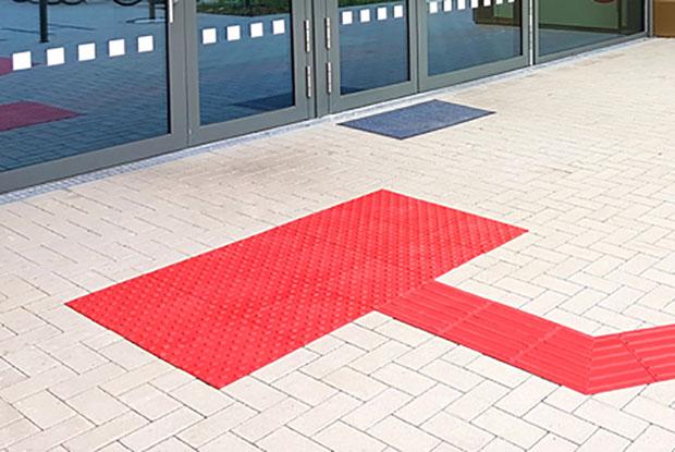 ILIS Rippen- und Noppenplatten rot im Außenbereich