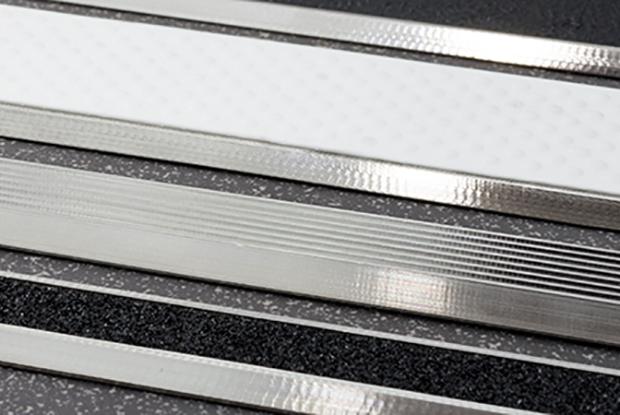 ILIS indoor metall rippen 740
