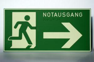 Fluchtweg rechts